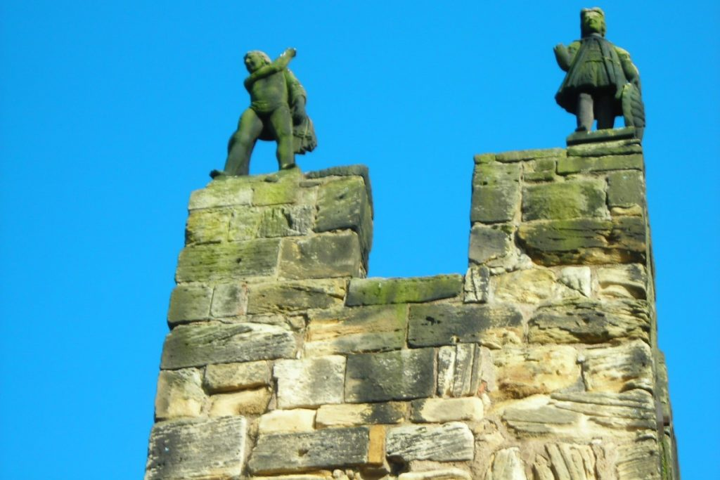 Alnwick Castle Statues